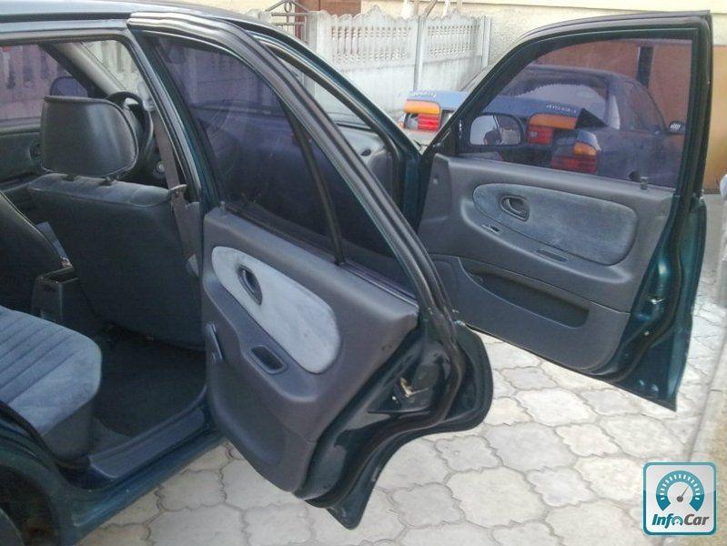 Купить автомобиль Proton Persona 415 GLSi 1997 (зеленый) с ...: http://avtobazar.infocar.ua/car/volynskaya-oblast/luck/proton/persona/hatchback-1997-138073.html