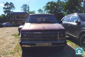 Plymouth Voyager LE 1989 №758343