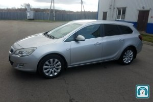 Opel Astra Sports Touer 2011 №755050
