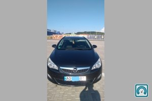 Opel Astra Sports Toure 2011 №764075