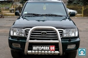 Toyota Land Cruiser 100 1999 №770768