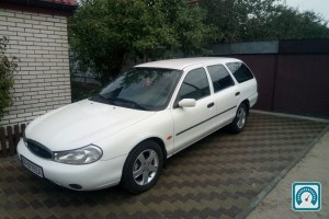 Ford Mondeo  1997 №787940