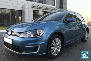 Volkswagen e-Golf  2016 №790488